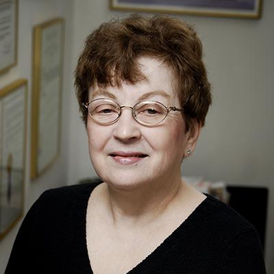 Louise Scribner