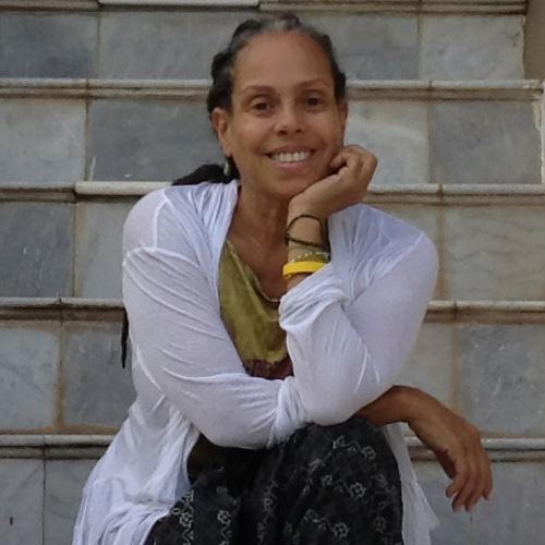 Amparo Santiago